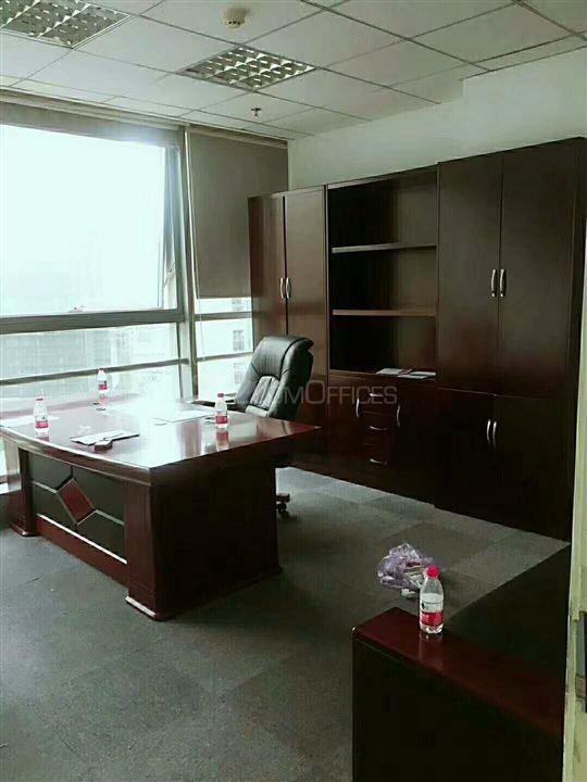 东方梅地亚中心-办公工位出租