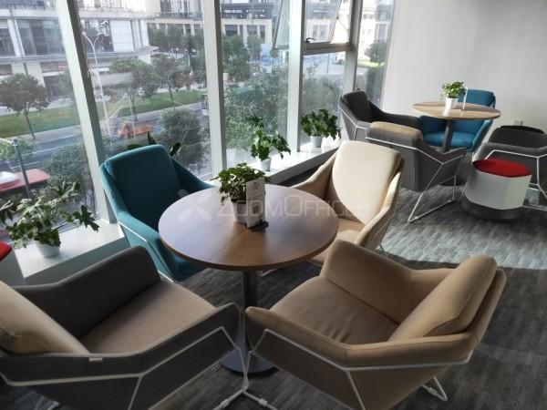 一品CG2栋-高档办公室低价出租